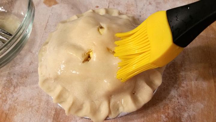 Apple Pies Baste